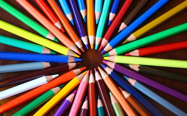 大人の塗り絵 色鉛筆